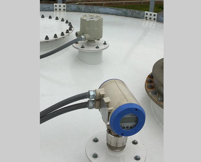 sensor-de-deteccion-instalado-en-un-silo-bmh-equipos