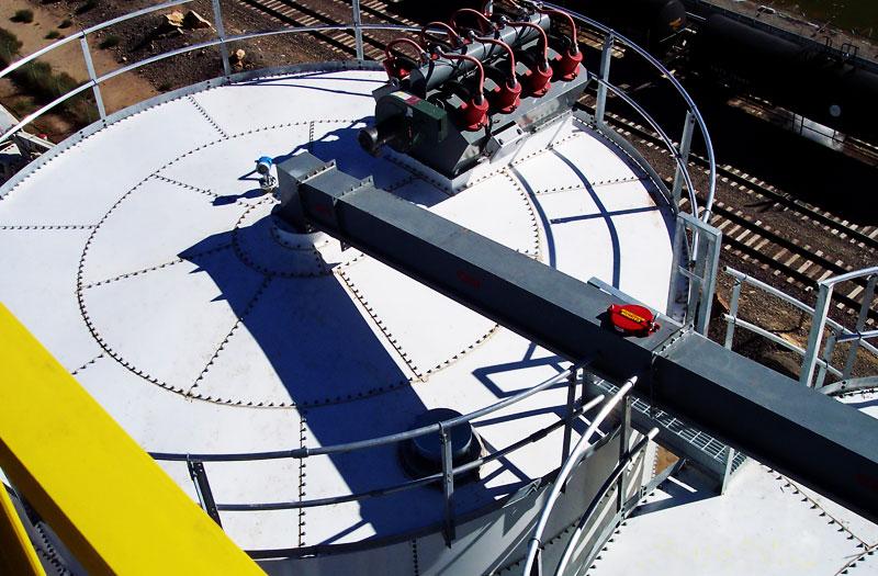silos-atornillables-solucion-almacenaje-de-solidos1-bmh-2